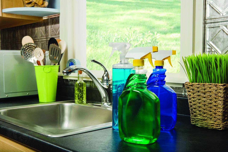 Tout ce que vous devez savoir sur l'utilisation des produits chimiques ménagers