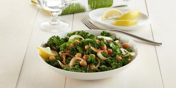 Recette : Sauté végétalien au chou frisé et aux pois chiches
