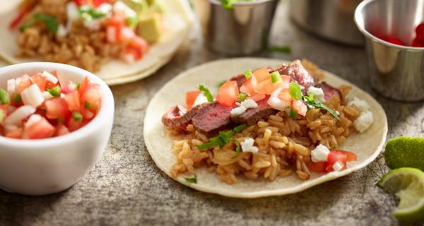 Recette : Tacos de rue aux crevettes et au bifteck