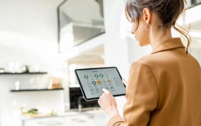 La maison connectée : les adultes québécois utilisent de plus en plus les appareils intelligents